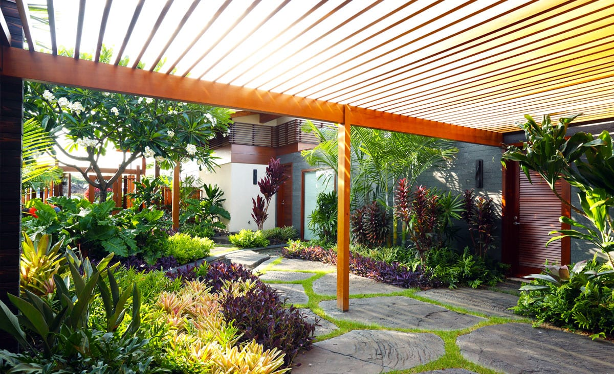 laTropical Landscaping and Irrigation