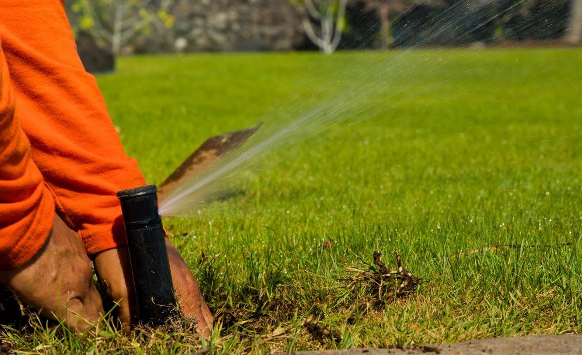 repositioning irrigation head